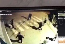 FUDBAL ZA VRIJEME POLICIJSKOG ČASA Mladići ovim prkosnim potezom razbjesnili sve (VIDEO)