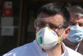 """OZBILJNO UPOZORENJE DIREKTORA UKC RS """"Eksplozija virusa korona, na respiratorima sve mlađi"""""""