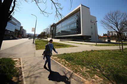 SPOLJNI DUG BiH POVEĆAN ZA 600 MILIONA KM U toku pregovori sa MMF za novi kredit od 1,5 MILIJARDI KM