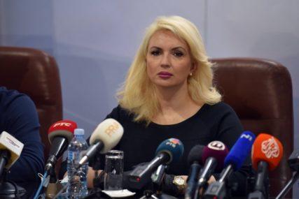 BEZ TESTA U IZOLACIJU 14 DANA Građani Srbije koji dođu iz inostranstva moraju imati negativan nalaz