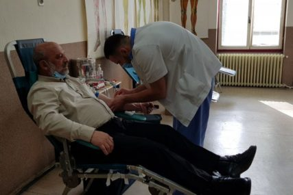 TEČNOST KOJA ŽIVOT ZNAČI  Za prvu akciju u 2021. prijavljeno 70 dobrovoljnih davalaca krvi u Palama