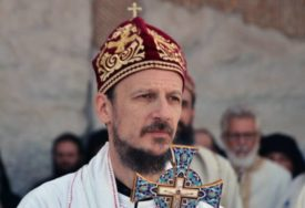 "UOČI VEČERNJE SLUŽBE Parastos nevinim žrtvama, stradalim u ""Oluji"""