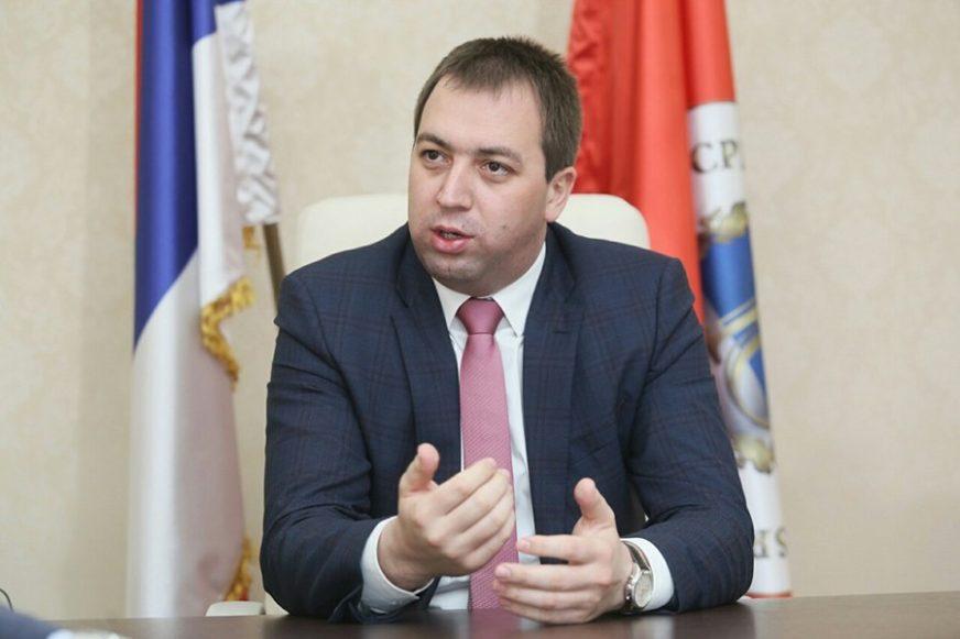 MLADA STRANKA, ALI SLOŽNA Selak: SPS nije opterećen prošlošću