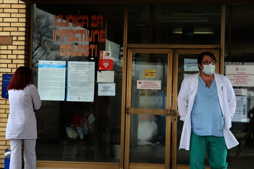 OBORENI SVI DOSADAŠNJI REKORDI U Srpskoj korona virusom zaraženo 119 ljudi više nego juče