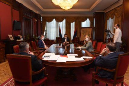 JAKO ZNAČAJNA POMOĆ U BORBI PROTIV KORONE Glavni koordinacioni tim zahvalio Rusiji