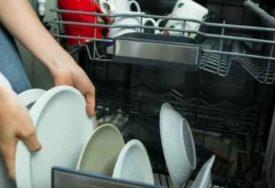 TEŽAK ŽIVOT BEZ POMOĆNICA Bogataši u karantinu prvi put sami čistili svoje kuće