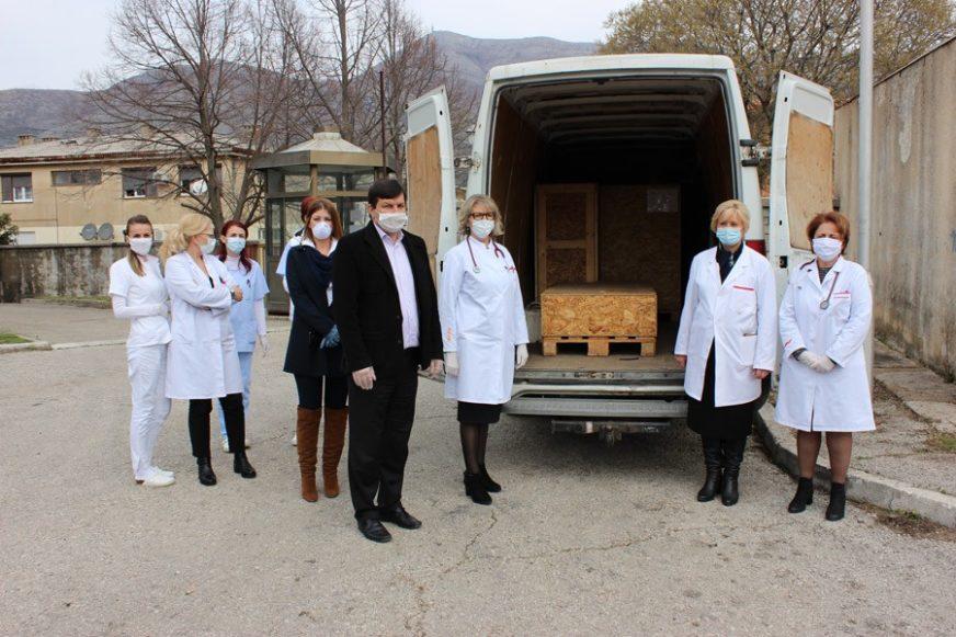 Biznismen Rodoljub Drašković POKLONIO RENTGEN plućnom odjeljenju bolnice u Trebinju
