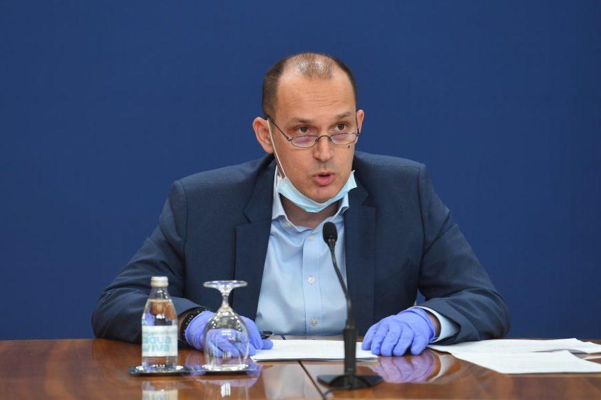 """""""GRAĐANI SU IZABRALI PUT PREVENCIJE"""" Dr Lončar zadovoljan interesovanjem za vakcinu"""