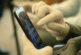 KORONA UTICALA NA RAST Mnogo više ljudi plaća uz pomoć mobilnog bankarstva i na internetu