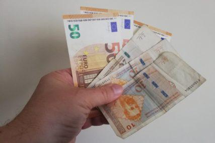 IZVJEŠTAJ PROTIV LOPOVA Radnici ukrali novac iz aparata za igre na sreću