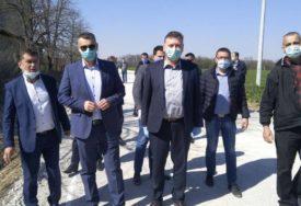 ZA NOVI PUT 167.000 KM Asfaltirana kompletna dionica saobraćajnice u Pelagićevu