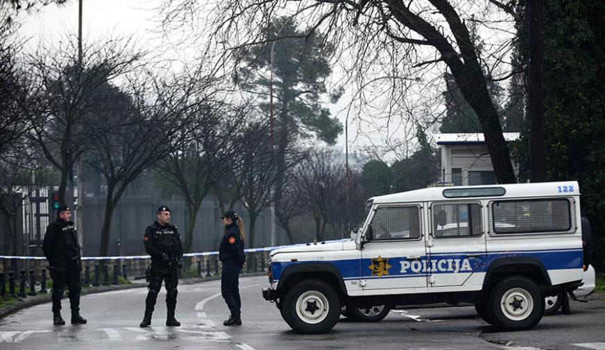 ODUZETO VOZILO I OSAM KILOGRAMA MARIHUANE Državljanin BiH uhapšen u Crnoj Gori