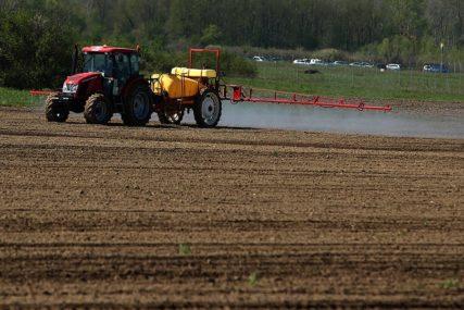 PRIJAVE ZA PODSTICAJE Za poljoprivrednike milion KM subvencija