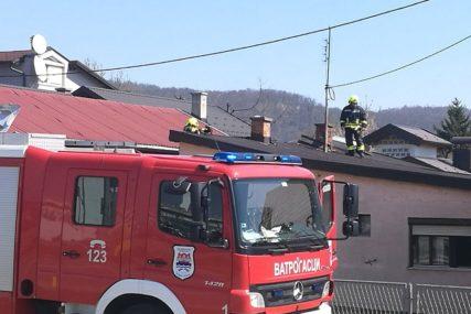 POŽAR U BANJALUCI Gorjela porodična kuća, vatrogasci spriječili ŠIRENJE BUKTINJE (FOTO)