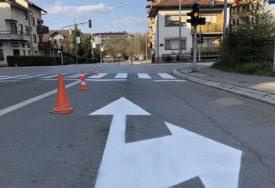 ISKORISTILI SMANJEN OBIM SAOBRAĆAJA Počelo iscrtavanje signalizacije na banjalučkim ulicama