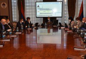 RAZMATRA SE IZVJEŠTAJ O STRADANJU SRBA U SARAJEVU U toku je posebna sjednica Vlade Srpske