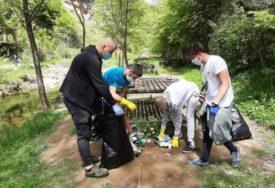 Uklonili veće količine smeća: Mladi očistili izletište na Suturliji