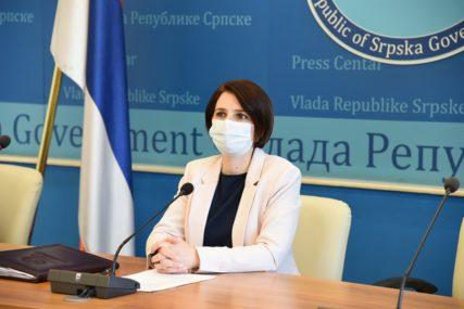 """""""OBRATITI SE CRVENOM KRSTU RS"""" Gašićeva o načinu doniranja roba tokom epidemije"""
