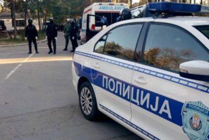 MAHAO PIŠTOLJEM I PRIJETIO Dvojica mladića napravili haos u kafani, pa uhapšeni