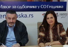 NASTAVLJENO OSIPANJE SOCIJALISTA Dvoje odbornika iz Gradiške prešlo u Ujedinjenu Srpsku