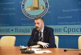 """""""ZNANJE JE NAJSIGURNIJA INVESTICIJA"""" Rajčević pozvao maturante da upisuju domaće fakultete"""