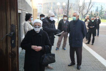 PROSJEK OKO 394 KM Počela isplata decembarskih penzija u Srpskoj