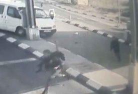POKUŠAJ UBISTVA Kombijem naletio na vojnika, pa ga pokušao IZBOSTI NOŽEM (VIDEO)