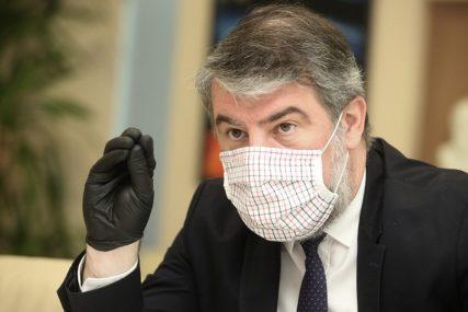 """ŠERANIĆ ZA SRPSKAINFO """"Vakcinišem se protiv gripa, primiću i vakcinu protiv korone"""""""