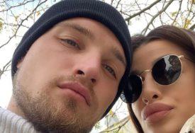 ZLATO DOMINIRA Stan fudbalera i njegove supruge PUCA OD LUKSUZA (FOTO)