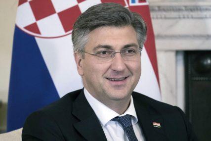 U parlament ušao na SPOREDNI ULAZ: Premijer Hrvatske NEGIRA da je izbjegavao demonstrante