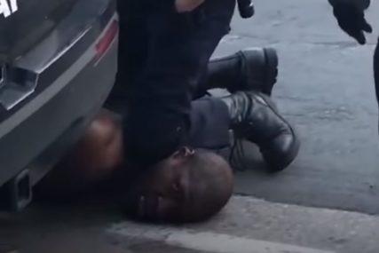 """SNIMAK VIĐEN ŠIROM SVIJETA """"Pulicer"""" za tinejdžerku koja se zatekla i snimila ubistvo Džordža Flojda (VIDEO)"""