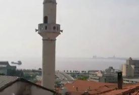 """SKANDALOZNO Sa minareta umjesto poziva na molitvu odjekivala pjesma """"BELA ĆAO (VIDEO)"""