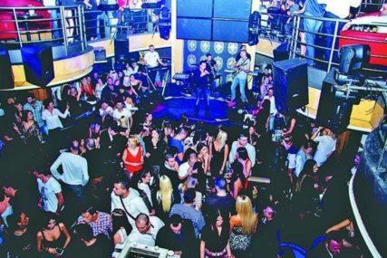 U Engleskoj se život vratio u normalu: Ukidanje restrikcija oživjelo noćne klubove