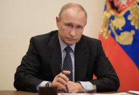 """""""IZGLEDA KAO STARI, BOLESNI VUK"""" Putina optužuju da je izgubio DODIR SA STVARNOŠĆU"""