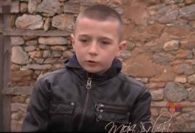 NJEMU BAŠ MALO TREBA Dječak u dvije rečenice objasnio šta je sreća i RASPLAKAO REGION (VIDEO)