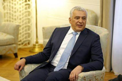 NEZADOVOLJNI SADAŠNJOM VLADOM Mandić: Predložili smo da Lekić bude premijer Crne Gore