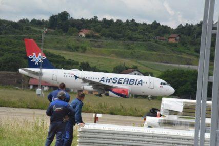 PANDEMIJA IH ZATEKLA U BiH Avion iz Banjaluke sa ruskim državljanima odletio za Moskvu
