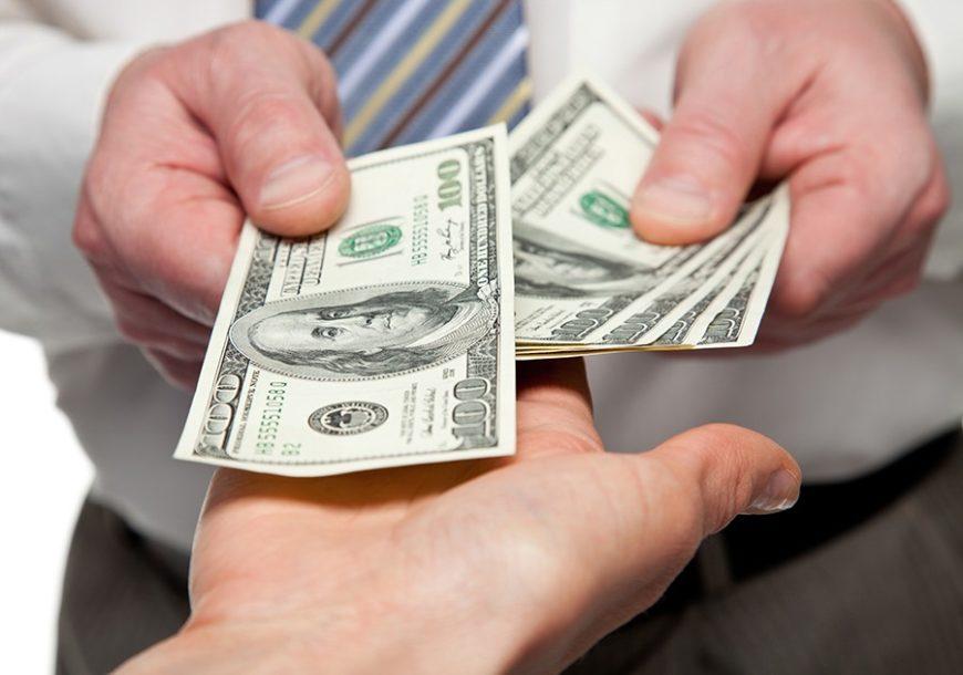ERA NJEGOVE VLADAVINE BLIŽI SE KRAJU I Amerikanci priznali, prijeti krah dolara sljedeće godine