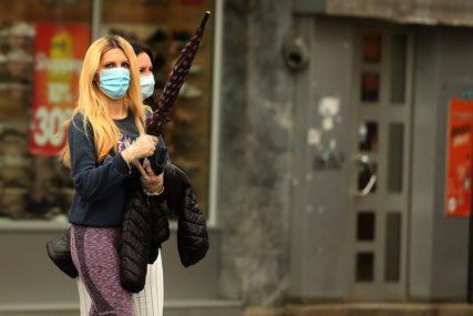 STROGA KONTROLA U HRVATSKOJ Policija dežurala na trgu da se mladi ne bi okupljali