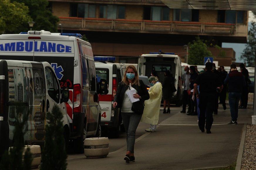 """""""OPUŠTANJE JE NAJVEĆI NEPRIJATELJ"""" Direktor SZO upozorio da se pandemija pogoršava"""