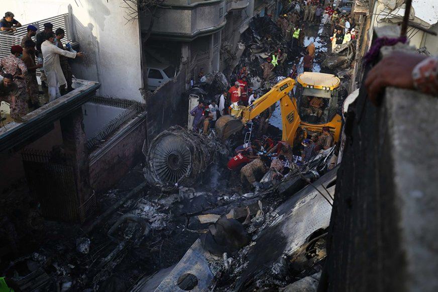 PRONAĐENA CRNA KUTIJA Slijedi istraga avionske nesreće u Pakistanu
