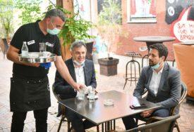 NI GRADONAČELNIK NIJE ODOLIO Radojičić i Amidžić na jutarnjoj kafi (FOTO)