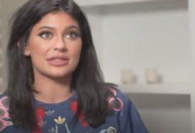 BAHATO Mlada milijarderka ne libi se da pokaže bogatstvo, a tome uči i kćerku (VIDEO)