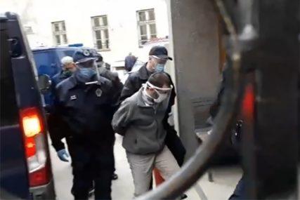NASTAVLJENO SUĐENJE MALČANSKOM BERBERINU Stražari ga uveli na zadnji ulaz daleko od očiju novinara