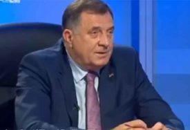 ZAHVALAN NARODU Dodik: Srpska je bez i jedne marke međunarodne pomoći završila sve svoje obaveze