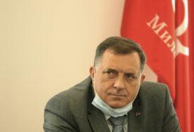 """""""OČEKUJEM DOBRU SARADNJU"""" Dodik čestitao opoziciji pobjedu na izborima u Crnoj Gori"""