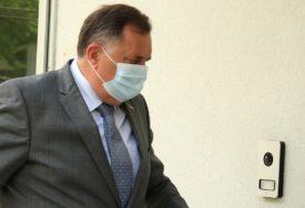 """""""NEĆE VALJDA SRBI GLASATI ZA BAJDENA"""" Dodik ponovio da na izborima u Americi podržava Trampa"""
