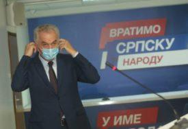 """""""IMA DOSTA NEZADOVOLJNIH U VLADAJUĆOJ KOALICIJI"""" Šarović tvrdi da opozicija jača, tu ubraja i DNS"""