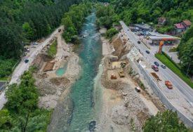RADOVI NA NOVOM MOSTU U TOPLICAMA Montaža čelične konstrukcije planirana krajem avgusta