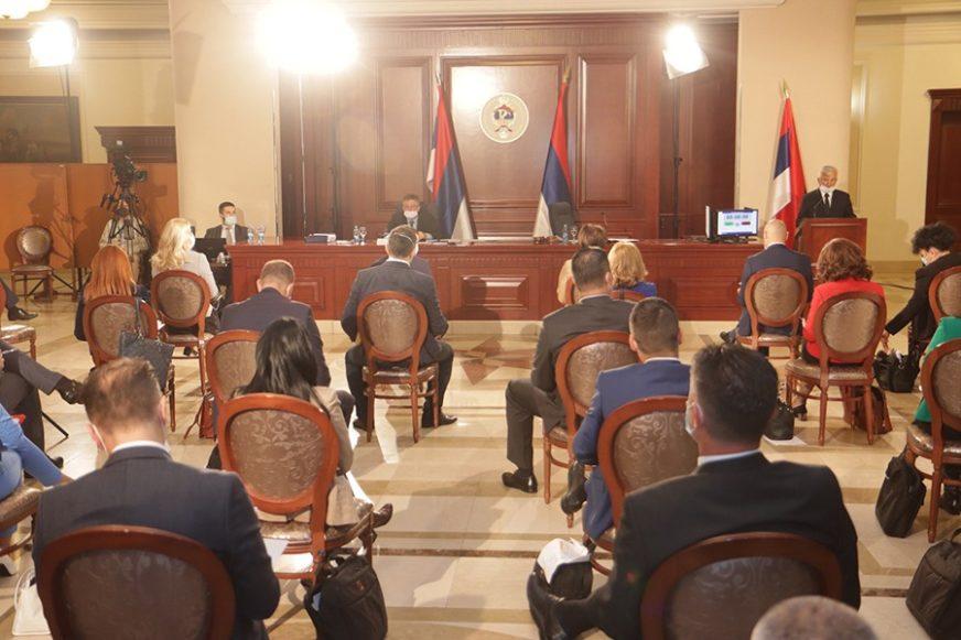 PRED POSLANICIMA VAŽNO PITANJE Skupština Srpske o dugoročnom zaduživanju od 678 miliona KM